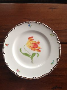 Hand painted plate- Tulip
