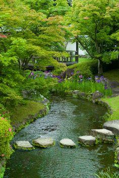 Beautiful Landscapes, Beautiful Gardens, Water Features In The Garden, Woodland Garden, Water Garden, Dream Garden, Garden Inspiration, Backyard Landscaping, Outdoor Gardens