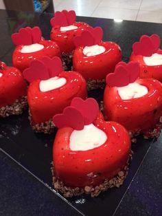 Ζαχαροπλαστείο Μελίνα Muffin, Breakfast, Desserts, Food, Breakfast Cafe, Tailgate Desserts, Muffins, Deserts, Essen