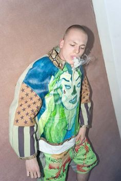 Devon Halfnight Leflufy presented his graduation collection 'True Believer' at He studied fashion design at the Royal Academy of Fine Arts in Antwerp. Textile Prints, Textiles, Fashion Prints, Fashion Design, Contemporary Fashion, Devon, Fashion Forward, Print Patterns, Believe