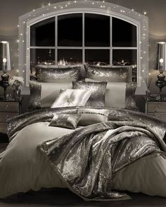 If you are tired of your master bedroom, you can incorporate a few changes that make a big difference. Romantic master bedroom interior design ideas can include updating your wall finishes with a two-. Romantic Bedroom Design, Master Bedroom Design, Master Suite, Bedroom Designs, Master Bath, Romantic Master Bedroom Ideas, Bedroom Decor Master For Couples, Bedroom Classic, Master Bedrooms