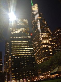 Views of Bryant Park at night #nyc #bryantpark