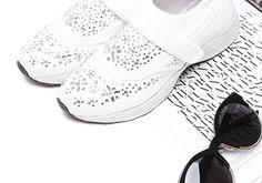🔛🔝 Blink Blink ⚪️⚫️ #VICES #sportshoes #blinkblink #shoestagram #shoeswag #sport #shoes #glam #shoesaddict #ootd #shoesoftheday