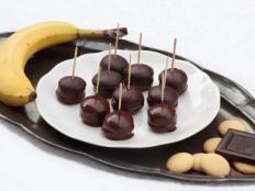 Nepečené zákusky, recepty | Tortyodmamy.sk Fudge Cake, Caramel Apples, Tiramisu, Fruit, Desserts, Food, Tailgate Desserts, Deserts, Essen