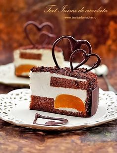 Tort Inimi de ciocolata felie de tort