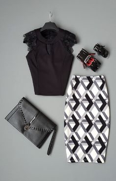 Latest Fall Fashion Ideas For Girls Modest Outfits, Cool Outfits, Fashion Outfits, Womens Fashion, Royal Clothing, Moda Chic, Smart Outfit, Vintage Dress Patterns, Looks Chic