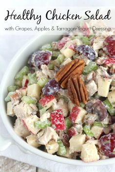 This chicken salad with grapes also features crisp apples and crunchy pecans. It's a mayo-free chicken salad recipe with a delicious Greek yogurt dressing – so perfect for summer picnics! Arbys Chicken Salad, Chicken Salad With Grapes, Chicken Salad Recipes, Healthy Chicken, Mayo Chicken, Chicken Salads, Fancy Chicken Salad Recipe, Mayonnaise Chicken, Chicken Dressing