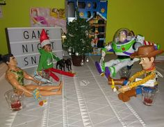 Elf on the Shelf playing snap