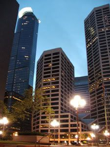 Downtown Minneapolis 'a noche'