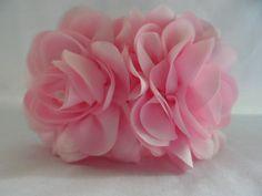 Tiara flores tafeta com perolas