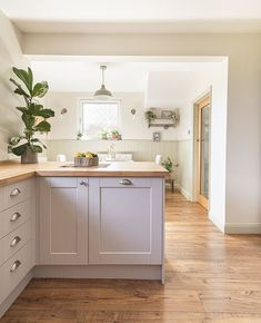 Open Plan Kitchen Dining Living, Open Plan Kitchen Diner, Living Room Kitchen, New Kitchen, Kitchen Paint, Dining Room, Galley Kitchen Design, Kitchen Room Design, Kitchen Interior