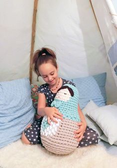 Mesmerizing Crochet an Amigurumi Rabbit Ideas. Lovely Crochet an Amigurumi Rabbit Ideas. Crochet Doll Pattern, Crochet Dolls, Crochet Patterns, Amigurumi Doll, Amigurumi Patterns, Cute Crochet, Knit Crochet, Chunky Crochet, Crochet Things