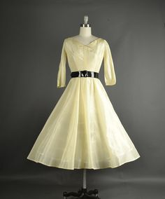 Vintage 1950s Dress full skirt silk organdy Vintage fashion--this is just lovely!