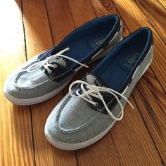 Keds Blue and White Stripe Shoes Size 9.5 Gorgeous for summer these super cushioned shoes have only been worn a few times. There are a few light marks that are barely noticeable that I think I will be able to remove with some cleaner. keds Shoes Flats & Loafers