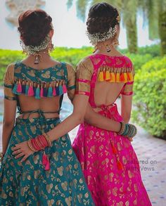 Ready to rock the wedding season with the mesmerizing and stylish blouse designs? Not only the bride every girl wants to look at their ethnic best at weddings. Designer Blouse Patterns, Fancy Blouse Designs, Bridal Blouse Designs, Blouse Neck Designs, Designs For Dresses, Indian Blouse Designs, Traditional Blouse Designs, Blouse Styles, Indian Designer Outfits