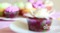 Krem maślany do dekorowania babeczek - Allrecipes.pl Tapas, Buttercream Icing, Icing Recipe, Lany, Mini Cupcakes, Fondant, Pudding, Baking, Sweet
