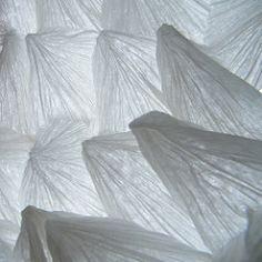 Crumpling - Paul Jackson / Vincent Floderer Origami, Paul Jackson, Paper Folding, I Cool, Paper Art, Bed Pillows, Pillow Cases, Google, Paper