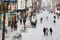 Mariahilferstrasse is a 1.6-kilometer-long street that is considered to be the most important shopping area in the heart of Vienna. It leads from the Westbahnhof — the city train station — to the Museum Quarter. It is obviously an important route for both visitors and city residents.