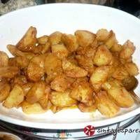 Πατάτες με πλούσια σάλτσα πάπρικας Recipies, Chicken, Meat, Vegetables, Food, Red Peppers, Recipes, Vegetable Recipes, Eten