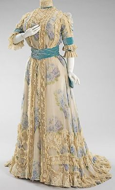 Doucet afternoon dress 1900s