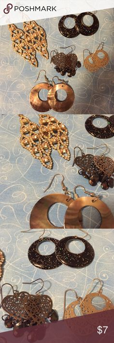 Closet cleanout! 🎉 5 pairs of gorgeous earrings for any occasion! Jewelry Earrings