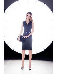 We are loving the versatile and flattering silhouette of this end-on-end shirt dress. #suiting #suits #work