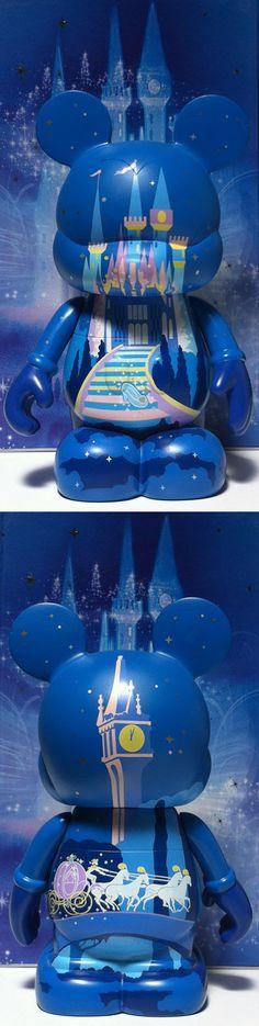 """Cinderella Vinylmation 9""""."""