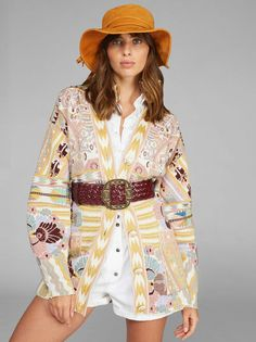 Jacquard Cardigan With Pegaso Buttons ETRO. Jacquard wool cardigan featuring oversize bishop sleeves and decorated with floral, geometric and striped patterns. Spring Outfits Women, Fall Outfits, Silk Shorts, Wool Cardigan, Fashion Story, Boho, A Line Skirts, Summer Collection, Autumn Fashion