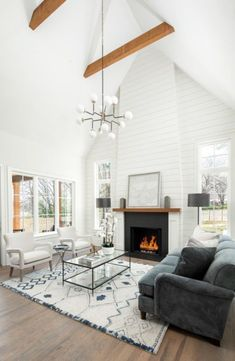 Beautiful Farmhouse Living Room Ideas! Find some of the best farmhouse themed living room decorations and designs that you can use for inspiration. We have modern farm home living rooms and more. Tall Fireplace, Shiplap Fireplace, Farmhouse Fireplace, Home Fireplace, Farmhouse Interior, Living Room With Fireplace, Fireplace Design, Home Living Room, Living Room Designs
