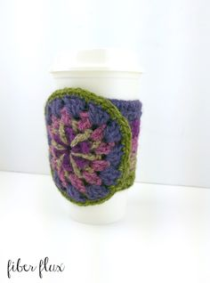 The Strawflower Medallion Cup Cozy is a beautiful fall accessory with a lovely gradient band and a gorgeous floral medallion on the...