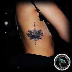 Bildergebnis für tattoo dotwork schwarz weiß länglich