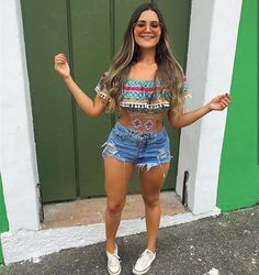 42 Süße Sommer-Shorts Denim für To Try Today - Summer Outfit - Shorts Girls Summer Outfits, Casual Summer Outfits, Short Outfits, Summer Girls, Cool Outfits, Stylish Outfits, Look Short Jeans, Look Con Short, Denim Shorts Style