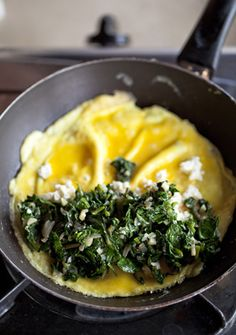 Spinach and Feta Omelet by yummysupper: Simple, healthy and light. #Eggs #Omelet #Spinach #Feta