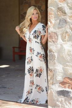 Picking Daisies Maxi Dress - Ivory