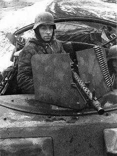 World War 2 German Tanks,Photos Drawings,Model Kits German Soldier, German Army, Military Photos, Military History, Luftwaffe, Mg34, Germany Ww2, Man Of War, Ww2 Photos