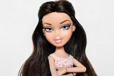 Boujee Aesthetic, Aesthetic Fashion, Black Bratz Doll, Bratz Doll Outfits, Brat Doll, Bratz Girls, Ring Finger Nails, Makeup Inspiration, Makeup Inspo