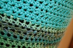 Haakz: Gehaakte luchtige soepelvallende top met patroon Chrochet, Ravelry, Blanket, Knitting, Prints, Inspiration, Blog, Crochet, Biblical Inspiration