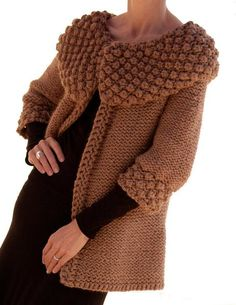 Knitted, Crocheted And Woven Accessories Crochet Coat, Knitted Coat, Crochet Cardigan, Crochet Clothes, Knitting Designs, Knitting Patterns, Crochet Patterns, Handgestrickte Pullover, Knit Jacket