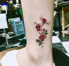 Tattoos with meaning, pretty tattoos for women, rose tattoos for wo Mini Tattoos, Rose Tattoos, Flower Tattoos, Body Art Tattoos, Tatoos, Tattoo Ideas Flower, Tattoo Roses, Cross Tattoos For Women, Tattoo Designs For Women