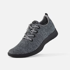 ALLBIRDS is a New Zeland based brand that makes cool merino sneakers, their aim is to make shoes that have a minimum impact on the planet Fashion Shoes, Fashion Accessories, Mens Fashion, Professor Style, Wool Runners, How To Make Shoes, Casual Sneakers, Sustainable Fashion, Running Shoes