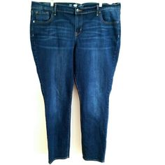 """Old Navy 18 Skinny Jeans These Old Navy size 18 Skinny Jeans are in great used condition. No pilling, fading, or stains. Waist measures 21"""" across laying flat, so 42"""" around. Inseam: 29.5"""". Rise: 11.5"""". ::: Bundle 3+ items from my closet and save 30% off when you use the app's Bundle feature! ::: No trades. Old Navy Jeans Skinny"""