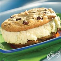 #Chocolate Chip Ice Cream Sandwiches from Crisco® #Summer