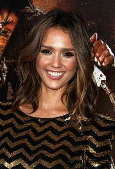 Jessica Alba Medium Layered Wavy Hairstyle