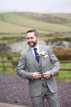 A quirky, vintage inspired wedding in Dingle, Co.Kerry Ireland. The bride wore a 1930s inspired dress and Jimmy Choos. Photos by Sean Curtin Photography | Bridal Musings | A Chic and Unique Wedding Blog