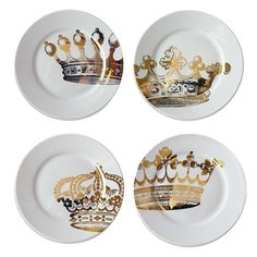 Let them eat cake with this regal dessert plate, showcasing a gold crown design. Product: Set of 4 dessert platesC...