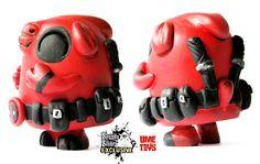 "UME Toys x SpankyStokes - ""Exclusive ""Deadpool"" themed Bagel resin art multiple revealed!!!"