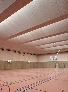 Pajol Sports Centre,Courtesy of Brisac Gonzalez