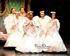 Nutcracker Ballet Angels from the National Ballet Company in Maryland. Photography by Prima Donna Photography
