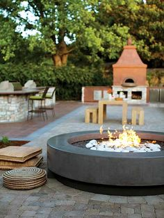 Creative And Inexpensive Useful Ideas: Gas Fire Pit Backyard outdoor fire pit chairs.Fire Pit Propane How To Build fire pit backyard night. Fire Pit Wall, Fire Pit Decor, Glass Fire Pit, Metal Fire Pit, Firepit Glass, Fire Fire, Fire Pit Chairs, Fire Pit Seating, Backyard Seating