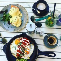 Café Telegraph, Vienna: What better way to start a national holiday than meeting #friends for #breakfast #eggs Breakfast Around The World, National Holidays, Caprese Salad, Vienna, Eggs, Friends, Instagram, Food, Amigos